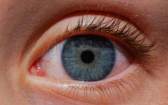 С напредване на възрастта идват проблеми със зрението