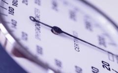 Далече от личния лекар може да свалите кръвното налягане с природни средства