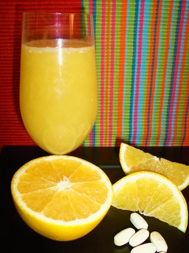 Хапчета и портокалов сок