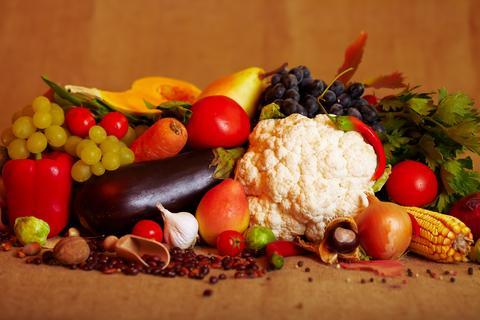 100 – 150 мл сок от моркови преди всяко хранене зарежда организма с каротин