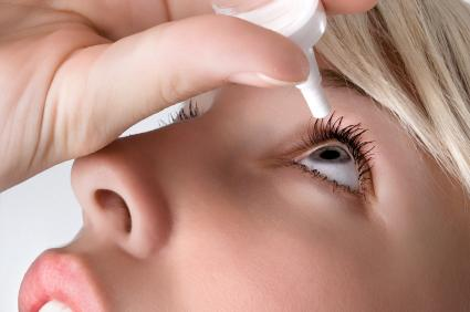 Жените страдат по-често от сухота в очите