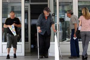 """Десетки """"инвалиди"""" използват схеми за фалшиви решения от ТЕЛК"""